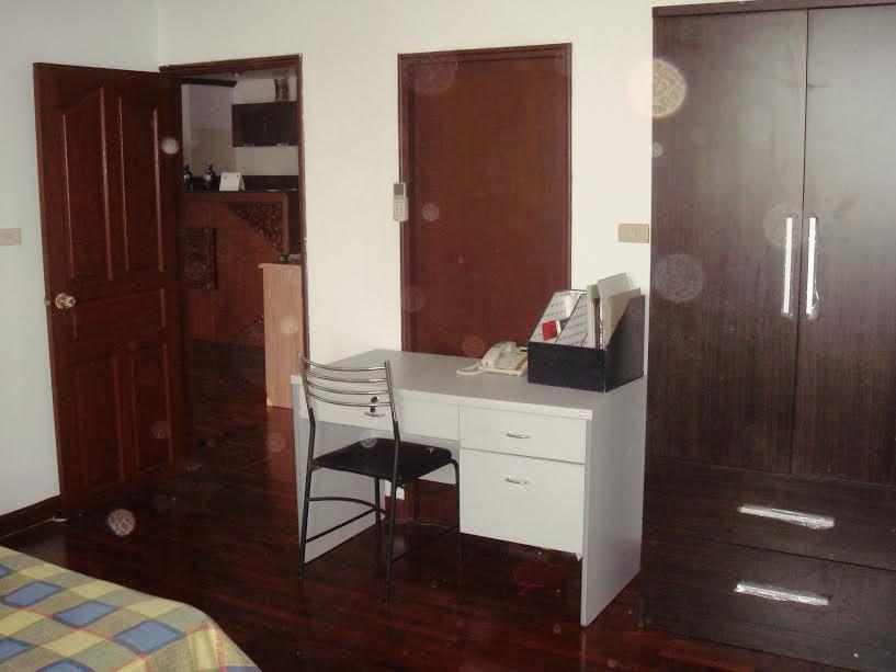 Condo for sale 2 bedroom near MRT near Park