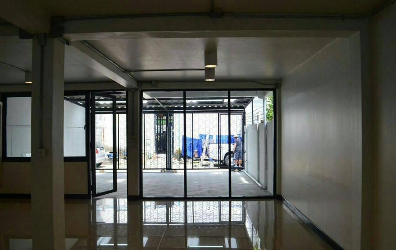Townhouse rent Ekamai 12