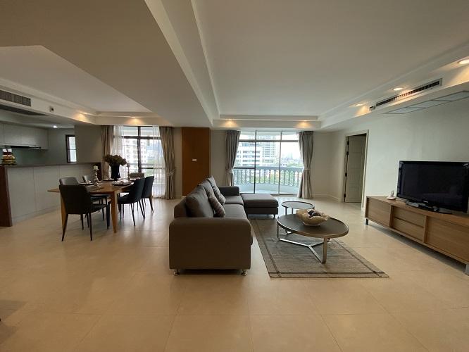 Cozy 3 Bedroom for rent Promphong Sukhumvit