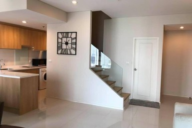 Villa Duplex 1 Bedroom for rent Asoke Sukhumvit