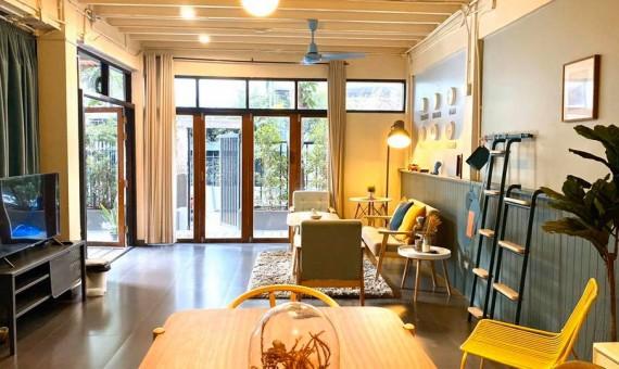 Pet friendly house for rent Ekamai Bangkok