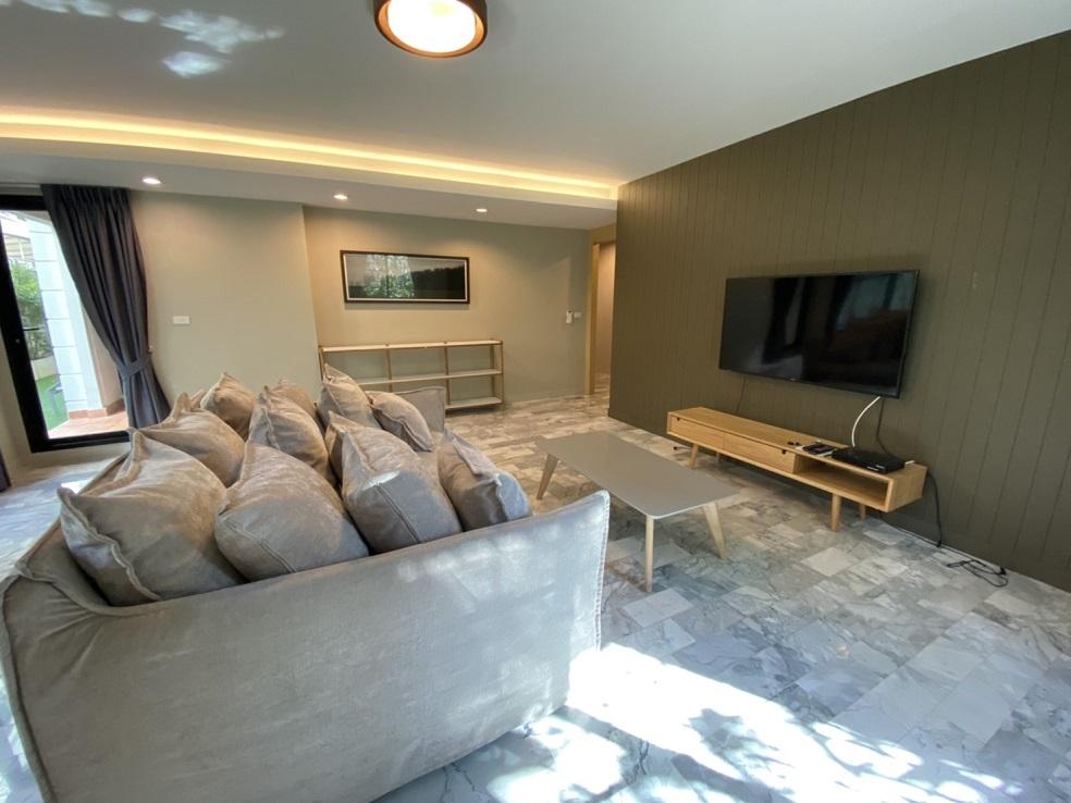 Pet friendly Duplex 4 Bedroom Apartment Rent Sukhumvit