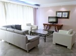 Family Highrise 4 Bedroom for rent Ploenchit Chidlom