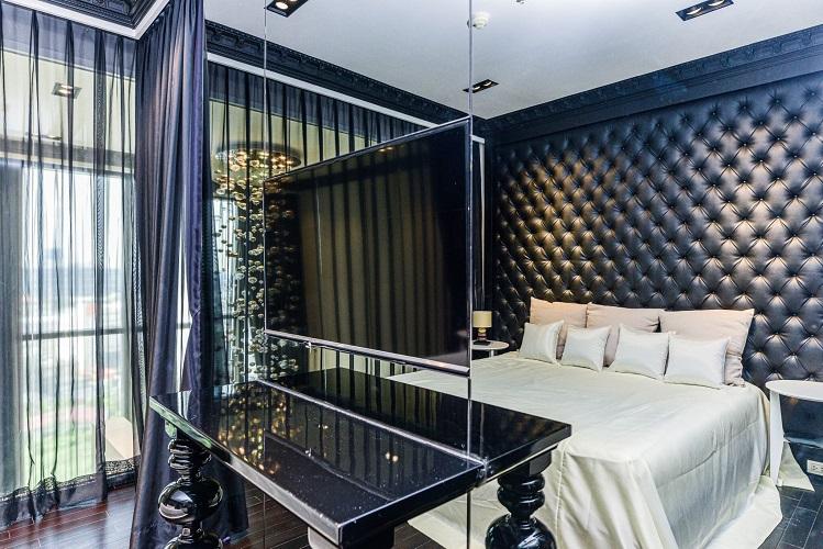 Duplex Classic Modern White Black Chic Decor 1 Bedroom Rent Phromphong