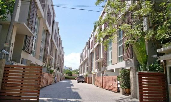 Townhome Rent 4 Bedroom Rent Ekkamai