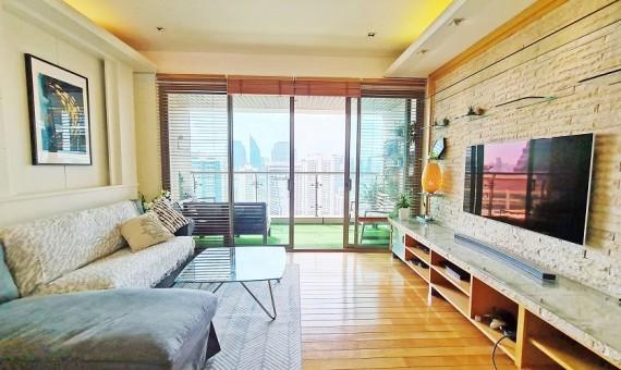 Pet friendly Spacious Luxury 2 bedroom condo Sale BTS Asok