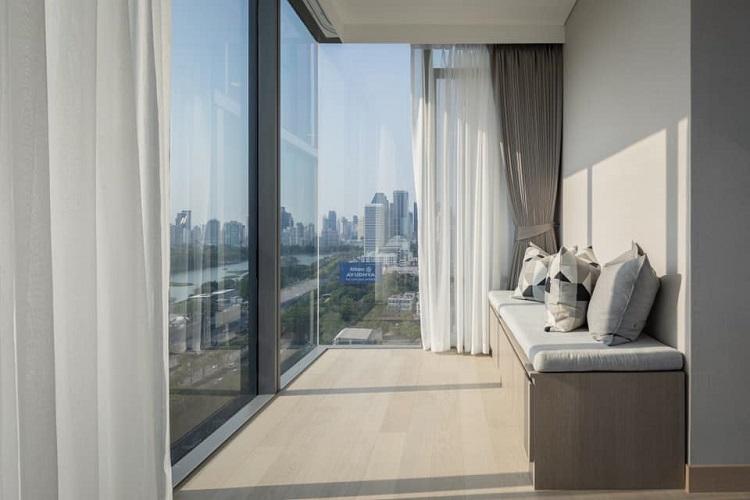 Panoramic View 2 Bedroom Rent CBD Asoke