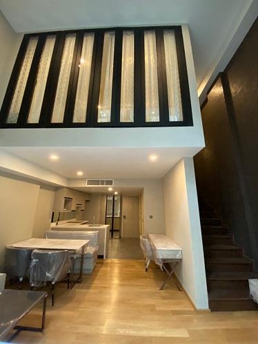 Newly Duplex 1 Bedroom Condo Rent Near BTS Chidlom Soi Langsuan