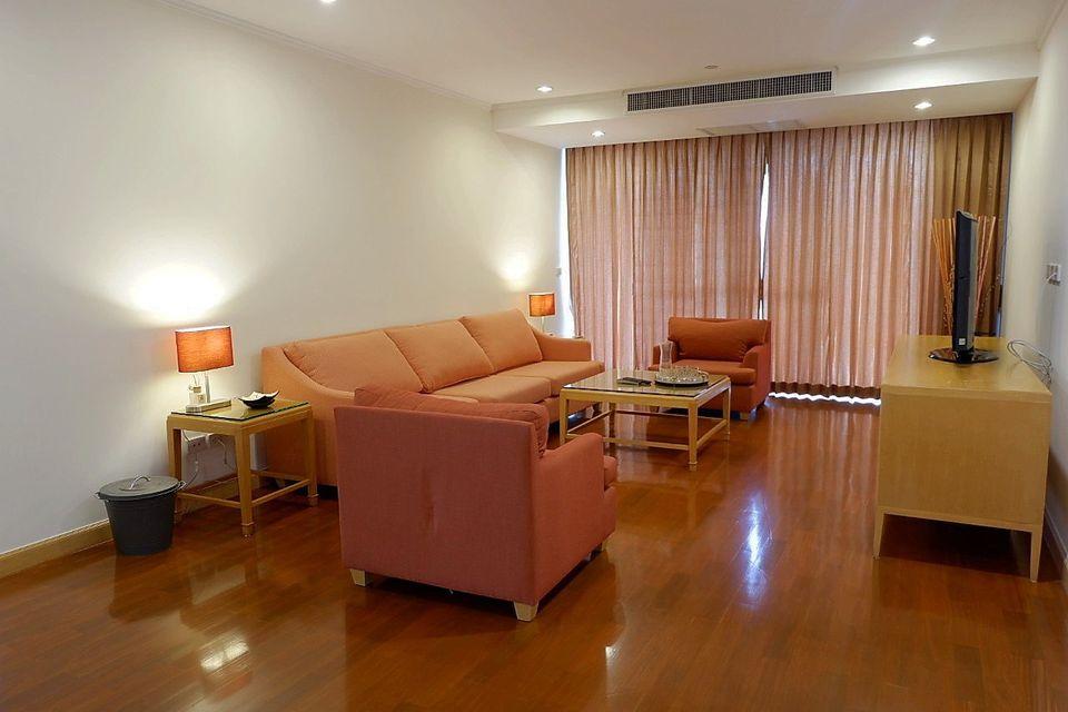 Pet Friendly 3 Bedroom Apartment Rent Close BTS Phromphong