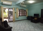 Pet Friendly 2 Storey house for Rent Onnut