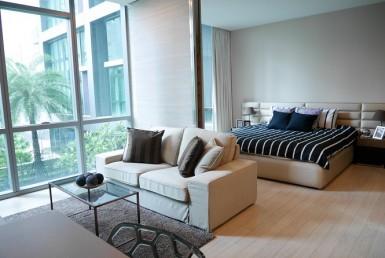 Pool & Garden View Spacious 1 Bedroom Condo Rent Asoke