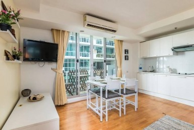 Resort Style complex 1 Bedroom Condo Sale Sukhumvit Onnut