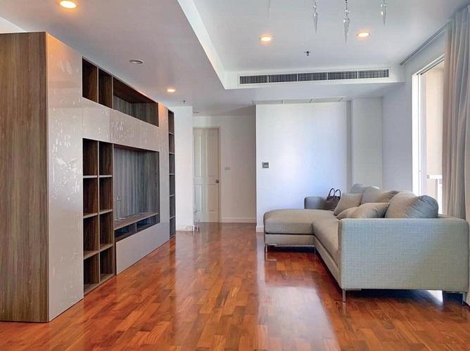 Newly refurbished 2 bedroom 2 bathroom for sale Asoke Phromphong