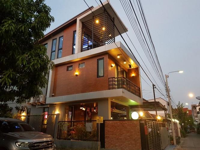 Single House 3 Storey for Sale Loft Style Near BTS Bangchak Sukhumvit