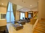 Duplex Villa Condo Rent MRT petchaburi and Makkasan Airport link