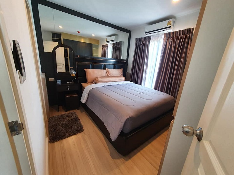 Beautiful 2 Bedroom Condo rent Phromphong