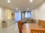 Beautiful 2 Bedroom Condo Rent Sukhumvit 39 Phomphong
