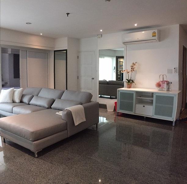 Pet friendly Beautiful Large room 3 bedrooms Thonglor Bangkok