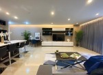 Luxury Fully Furniture 2 Bedroom Condo Rent Near BTS Ploenchit