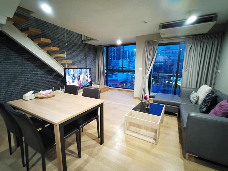 Luxury Duplex 2 Bedroom Condo Rent Phrakhanong