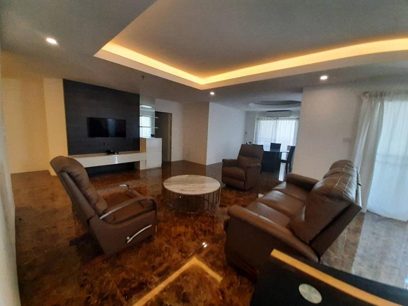 Beautiful Condo for rent in Thonglor 3 bedroom