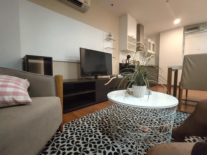 Cozy 1 Bedroom Plus size Condo for Rent Onnut