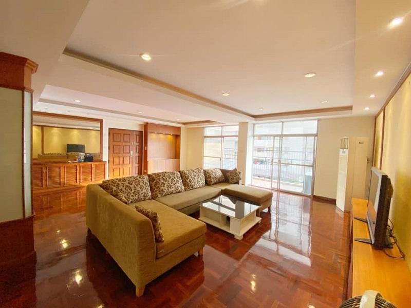Pet friendly 3 bedroom for rent in Promphong
