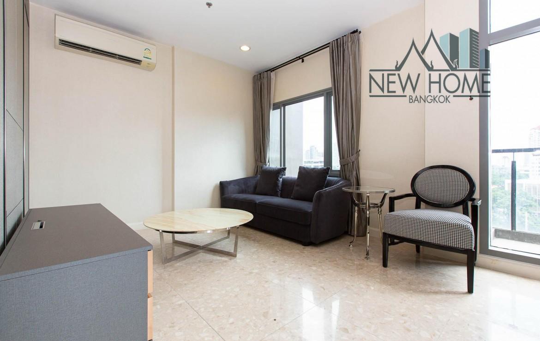 Duplex 2 bedroom for rent in Thonglor