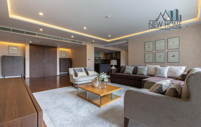 Modern 4 bedroom for rent in Sathorn