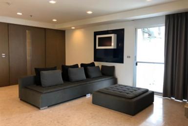 Closed BTS Ekkamai 3 Bedroom Condo Rent