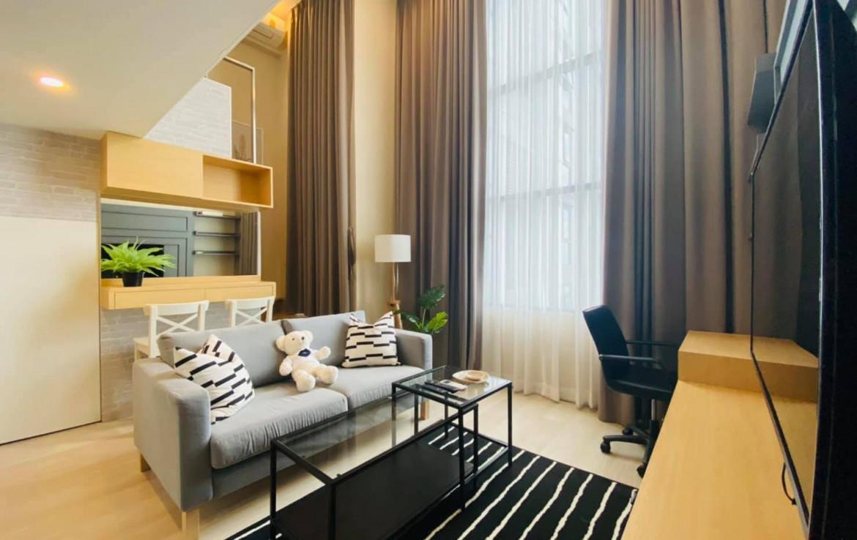 Duplex 1 Bedroom Condo Rent Sathorn BTS Chong Nonsi