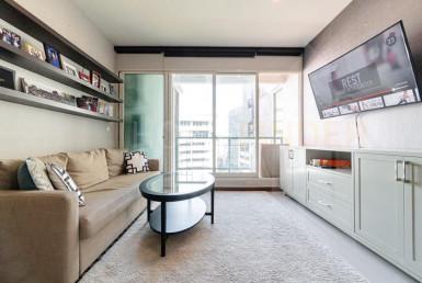 Spacious 1 bedroom with a balcony Condo Sale Chidlom