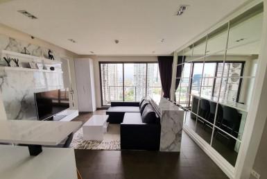 Condo Rent 1 Bedroom Suite with Home Office Room Ekkamai
