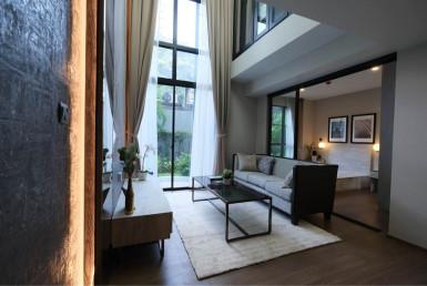 Duplex Spacious 2 Bedroom Condo Rent Chidlom Langsuan