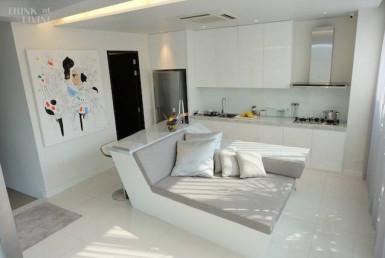 Luxury pool Villa 3 Bedroom Rent Ekkamai